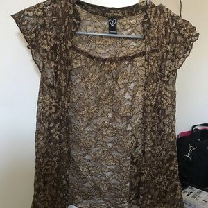 Windsor gold lace top